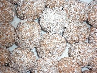 Kulki czekoladowe w wiórkach kokosowych