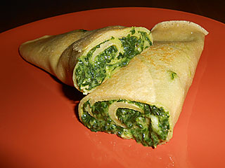 Naleśniki ze szpinakiem i serem brie