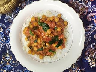 Proste curry z ciecierzycy