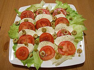 Sałatka z pomidorów po włosku