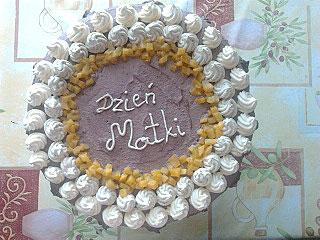 Tort czekoladowo-ajerkoniakowy