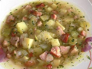 Zupa ziemniaczana z porem i kiełbasą